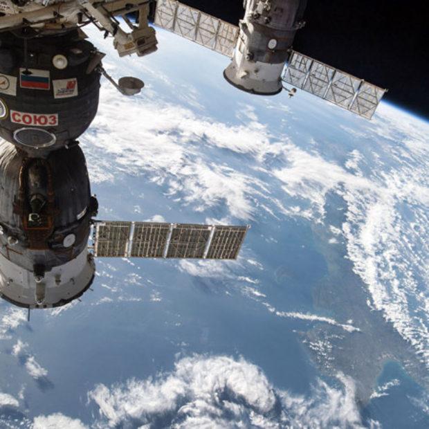 Российская «умная» полка облегчит работу экипажей МКС