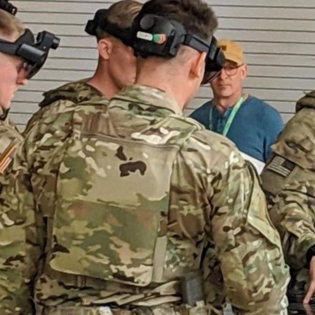 Как в Call of Duty: CNBC показал военную модель очков дополненной реальности HoloLens 2