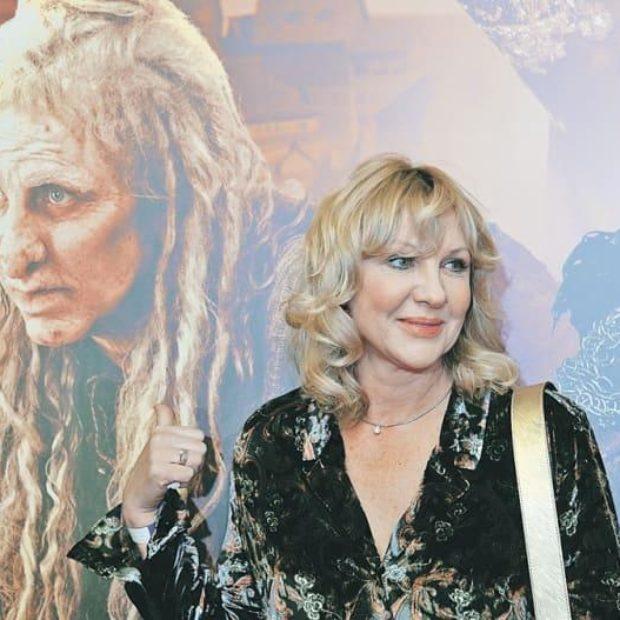 Елена Яковлева вернулась к образу Бабы-Яги на съемках